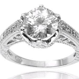 STUNNING 9mm CZ in Vintage setting .925 sterling